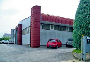 Edificio aziendale Mir Car